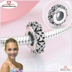 Challenge Spacer Charm